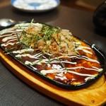 居酒屋 MOGURA - 山芋のお好み焼き