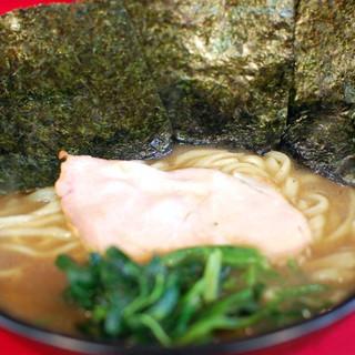 高松家 - 料理写真:ラーメン