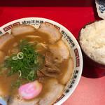 丸高中華そば - 特ソバ(¥750)