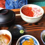 熊湖 - 料理写真:蟹イクラ丼2000円