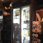 虎の穴 - お酒の冷蔵庫