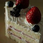 マルメゾン - お誕生日ケーキ 3150円 次回はちゃんと円形画像を・・・