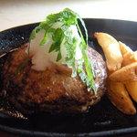 積丹浜料理 第八 太洋丸 - 短角牛のハンバーグ