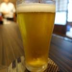 すず助 - 冷えたビールが美味い