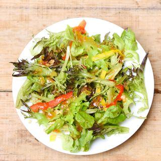 おかわり自由なサラノバレタスのサラダ!