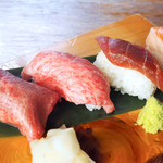 肉寿司 魚寿司 四貫盛り合わせ