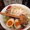 らーめん中々 - 料理写真:鶏らーめん850円+煮玉子100円