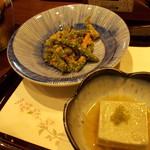 70262750 - エンドウ豆の胡麻和えと胡麻豆腐