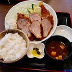 とんかつ 新 - 料理写真:豚ヒレカツ定食
