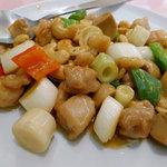 7027462 - ちょっと贅沢中華街セットの、鶏肉とカシューナッツ炒め