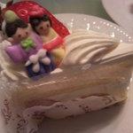 7027584 - おひなまつりのショートケーキ