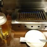 焼肉 房家 - ビールと焼き台(17-07)