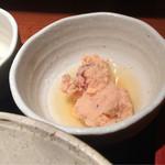 めしの助 - 鯛の子煮付けのアップ