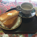 茶釜 セルフカフェ エルモット - ドリンクセット(トーストとホットコーヒー)