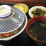 7028209 - 【カツ丼(タレ)】\800