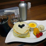 Sweets Smile - パンケーキセット(パンケーキ+ドリンク)1296円税込