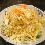 豊勝 - お通しのキャベツサラダ