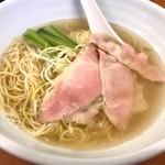 麺屋 一徳 - 塩ラーメン    美しい(^O^)  700円