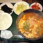 梅田明月館 - ピリ辛温麺定食(\900)