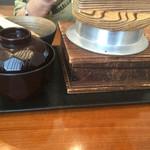 水たき玄海 - 釜飯