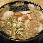 宮崎とんこつラーメン 風来軒 - 【とんこつラーメン 半熟煮玉子入り】¥850