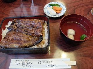 魚ほう - うな重上(2,400円)