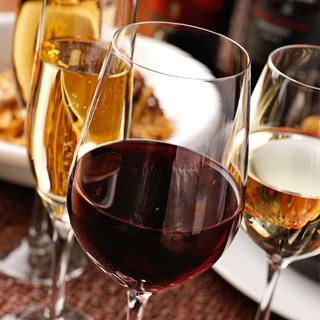 ワイン充実!自慢は清澄白川「フジマル醸造所」とのコラボワイン