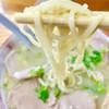 すずきラーメン - 料理写真:柔らかめの中細麺。