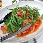 ネルソンの庭 - ベーコンとトマトのタリアテッレ(3人分)