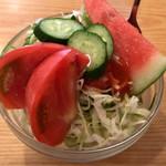 70319926 - 野菜サラダ(A) ¥150