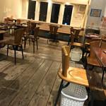 ベアーフルーツ - ベアーフルーツ(BEAR FRUITS)(福岡県北九州市門司区西海岸)店内