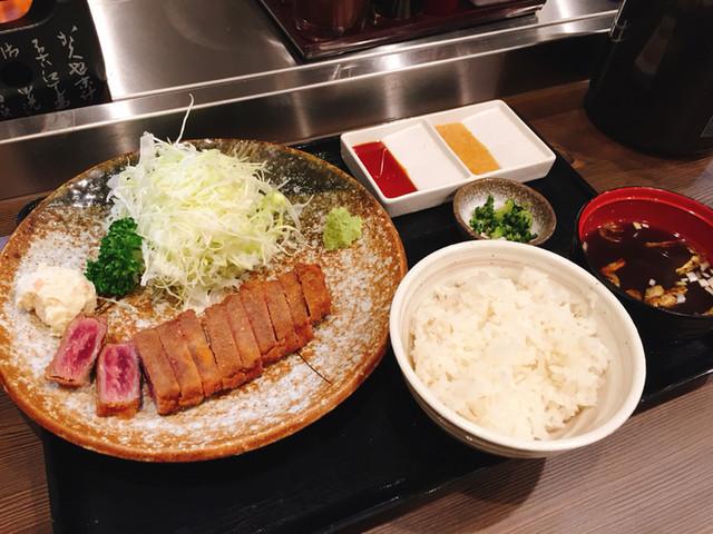 https://tblg.k-img.com/restaurant/images/Rvw/70322/640x640_rect_70322356.jpg