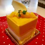 POLKA DOT ~Sweet bar~ - 太陽の恵@厚めのマンゴーとココナッツムース