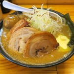 小林屋 - 料理写真:みそチャーシューらーめん850円+バター100円+味玉50円