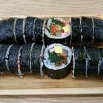 예술김밥 - 料理写真:いかしおから4500W+むかし2800W