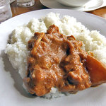 プルニマ - 「Cランチ」の 本日のカレー(チキンとジャガイモのカレー)・辛口
