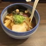 麺や 玄鳥 - あっさり煮干し中華そば800円