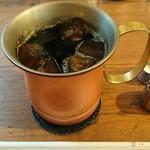 70346368 - 大人の濃いアイスコーヒー(L) ¥580                       氷もコーヒーで出来ています‼️