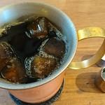 70346369 - 大人の濃いアイスコーヒー (L)¥580                       氷もコーヒーで出来ています‼️