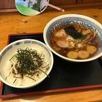 拉麺厨房 北斗   - 北斗醤油らーめん+半そぼろネギ丼