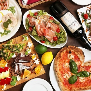 歓送迎会、ピザ片手に乾杯しましょう。