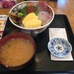 魚勝 - 海鮮丼