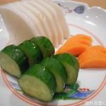 地酒 肴 蕎麦 まほろば - お新香(ぬか漬け)