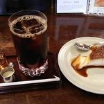 自家焙煎 東出珈琲店 - アイスコーヒーとプリン。
