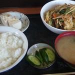 杉本食堂 - 料理写真:キムチ野菜炒め定食