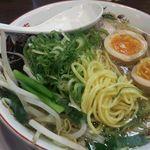麺や 京水 - 麺 味玉中身