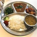 アジアン キッチン カフェ ももふく - 料理写真:ダルバート