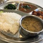 アジアン キッチン カフェ ももふく - ダルバート