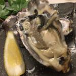 70373728 - 生牡蠣。