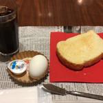 トラッツィオーネ ナゴヤ ウィズ カゴメ - アイスコーヒーとトーストモーニング